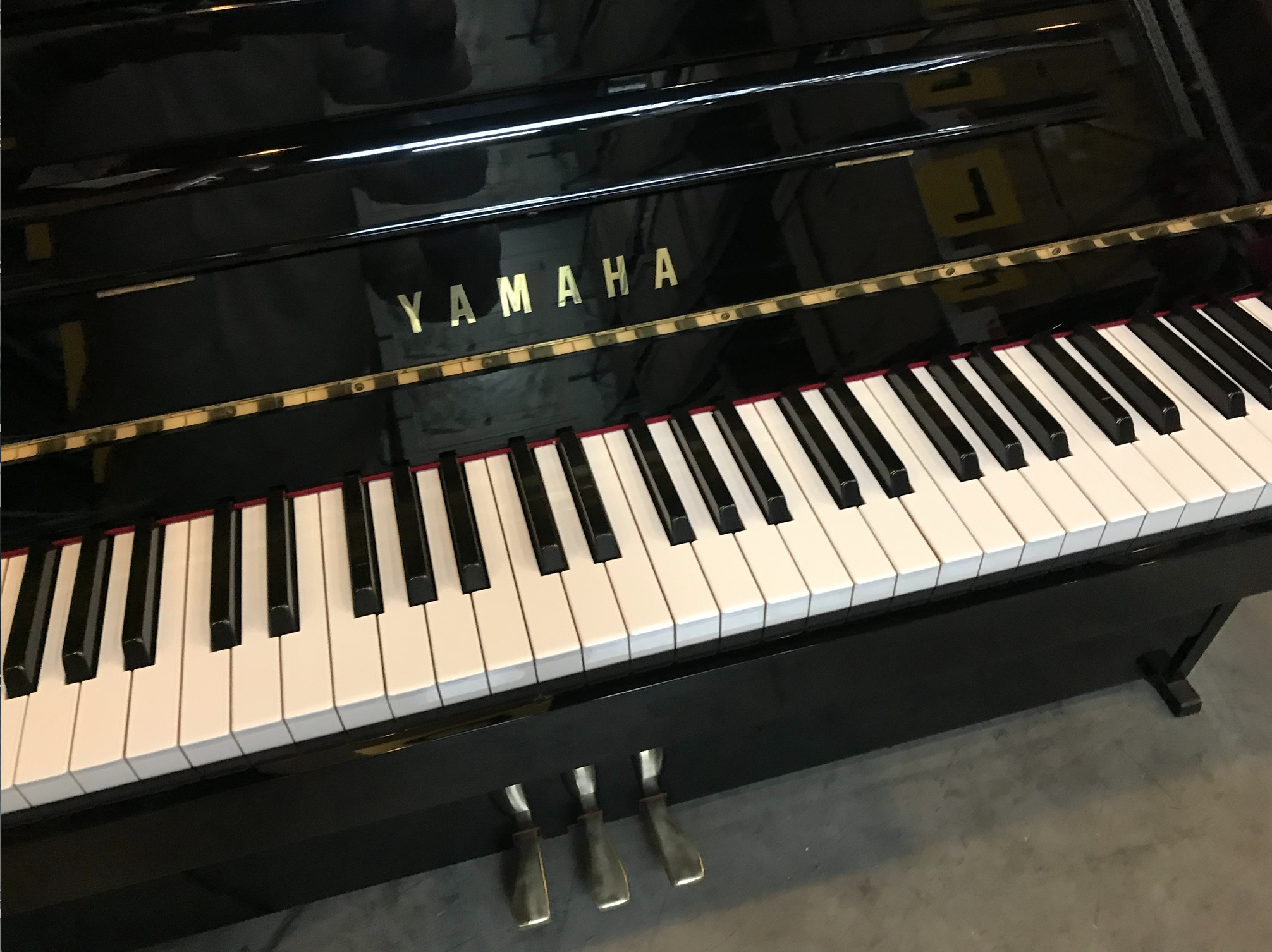 Piano_Yamaha_MC108